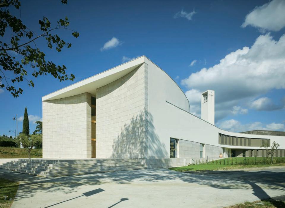 ChiesaOggi108-nuovo complesso parrocchiale3