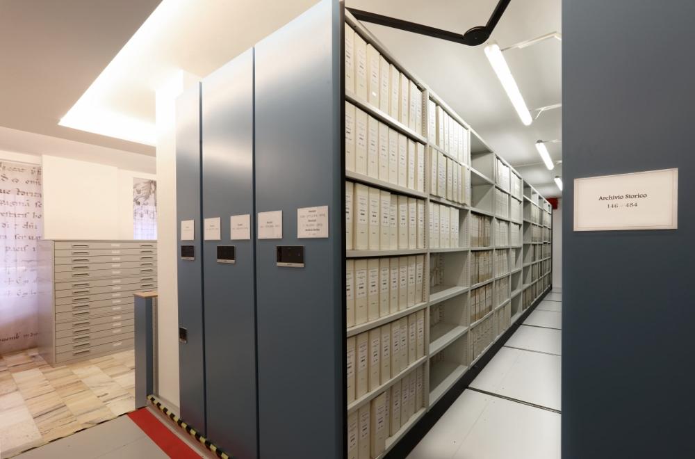 Le scaffalature compattabili motorizzate dell'Archivio della veneranda Fabbrica del Duomo