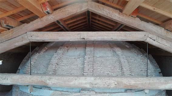 rinforzo delle travi con fibre, nuova struttura lignea di copertura, rinforzo della cupola, Chiesa di Santa Maria di Galliera, Bologna.